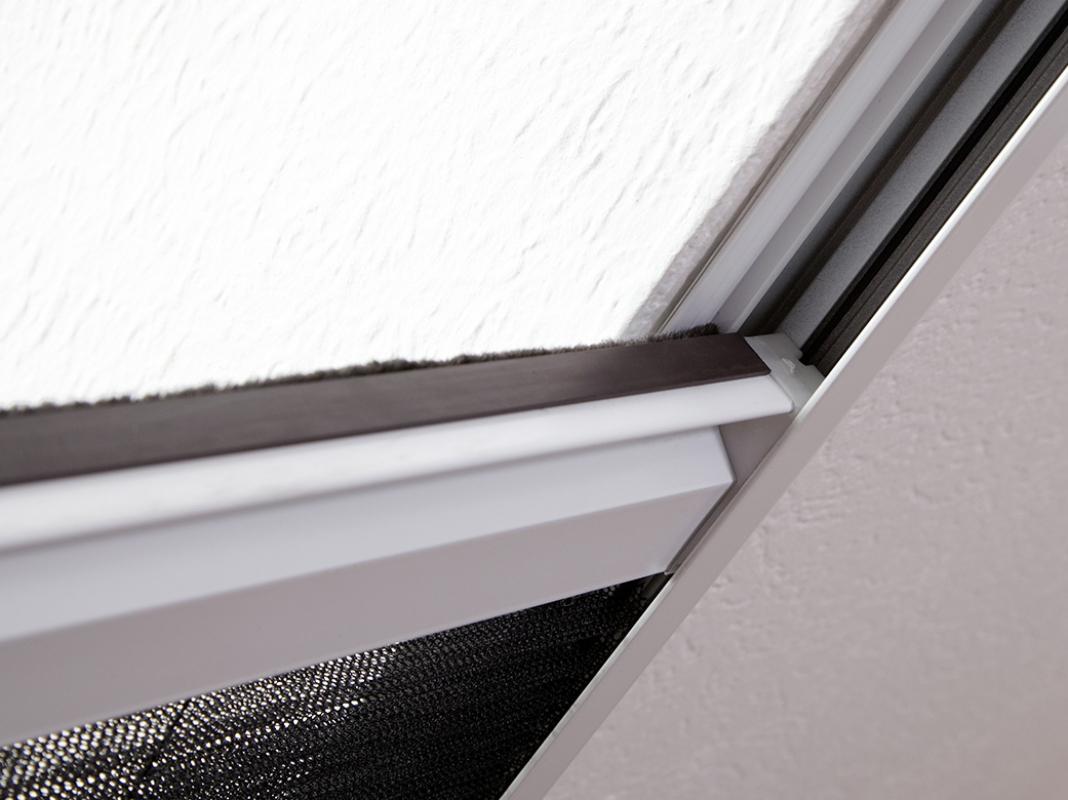 kombi dachfenster plissee hecht international. Black Bedroom Furniture Sets. Home Design Ideas