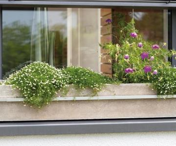 Blumenkastenhalterung