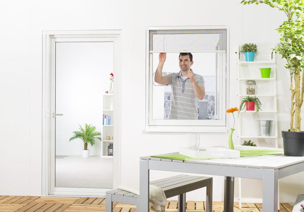 Insektenschutz_Rollo_für_Fenster_Smart hecht international GmbH